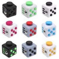 Fidget Cube (фиджет куб). Игрушка-антистресс